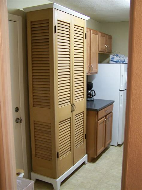 repurpose bifold closet doors pilotprojectorg diy