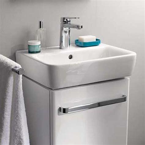 keramag renova nr 1 comprimo keramag renova nr 1 comprimo handwaschbecken wei 223 mit keratect 276145600 reuter