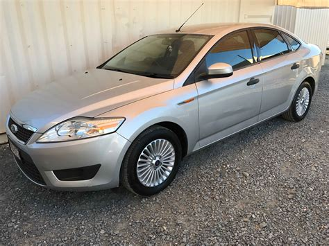 automatic cyl sedan ford mondeo  silver