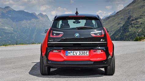 2018 Bmw I3s Debuts Higher Output In A Familiar, But