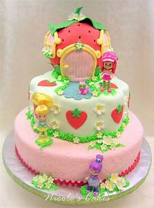 On Birthday Cakes: A Berry Beautiful Strawberry Shortcake ...
