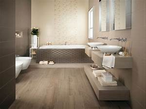 Hausnummern Fliesen Italienisch : italienische badezimmer fliesen neutralfarben atlas ~ Michelbontemps.com Haus und Dekorationen