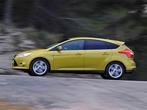 Ford Focus 1 : ford focus 1 0 ecoboost review ~ Melissatoandfro.com Idées de Décoration