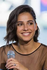 Naomi Scott - Wikipedia