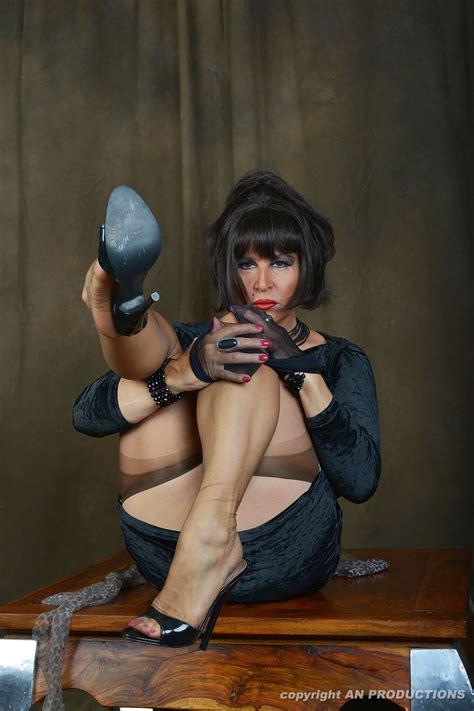AmandaNylons is wearing open toe high-heels sheer ...