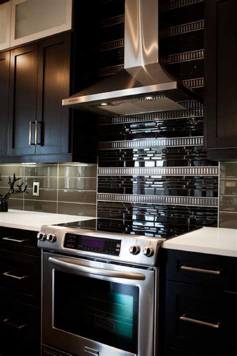rustic kitchen backsplash tile 18 black subway tiles in modern kitchen design ideas