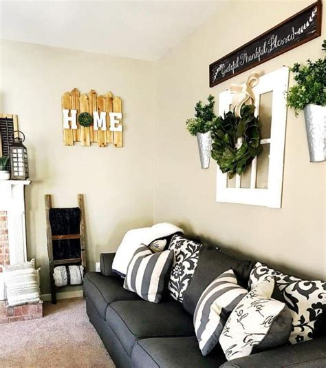 All you need to do is to combine some attractive decorative items to make your room look more artistic and awesome. 100 Charming Farmhouse Living Room Ideas to Try at Home