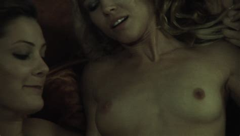 Naked Amanda Ward In Invasion Of The Pod People