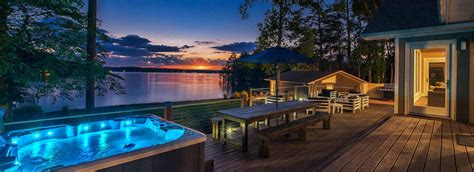 Lake Norman Boat Rentals Pet Friendly by Stay Lake Norman Luxury Vacation Homes