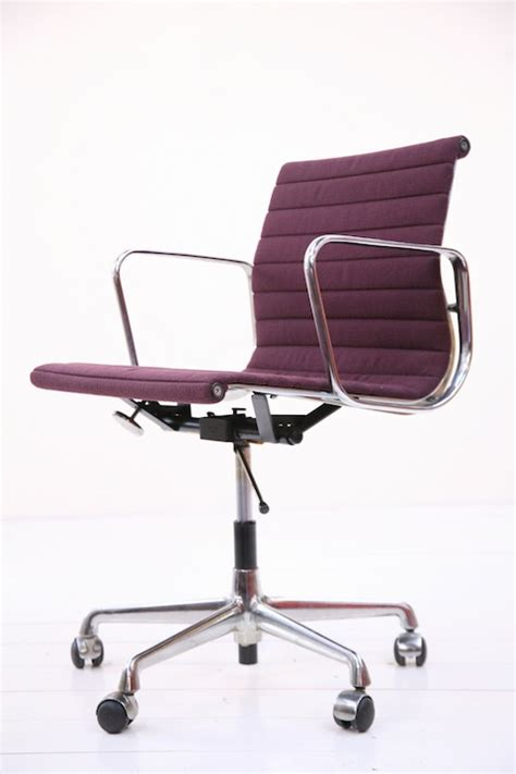 ea117 desk chair designed by charles eames and chrome