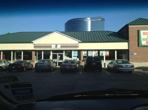 exxon gas stations  lemmon ave oak lawn dallas