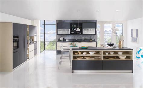 cuisines teisseire cuisine estérel équipée moderne et sur mesure estérel