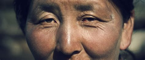 Eyes of a Nomad Woman in the mongolian Grasslands ...