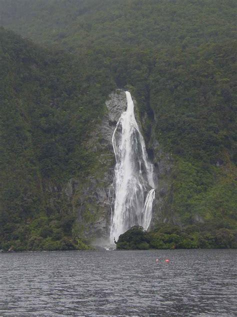 bowen falls  tallest permanent milford sound waterfall