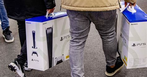 PS5 Ireland stock - PlayStation 5 updates from Smyths ...