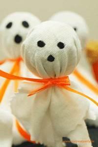 Kostüm Gespenst Kind : 3 einfache verpackungsideen f r halloween mitgebsel kita das kleine gespenst ~ Frokenaadalensverden.com Haus und Dekorationen