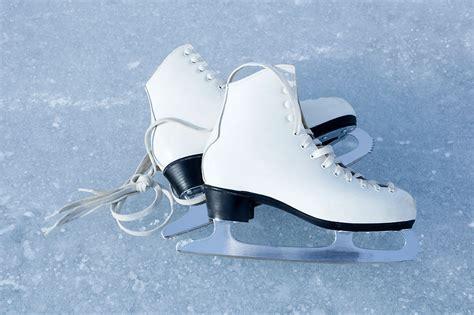 Eislaufen und Eisstockschießen in St. Anton am Arlberg ...