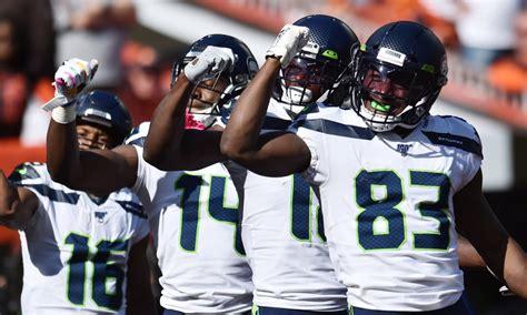seahawks celebrate touchdown  nsyncs bye bye bye