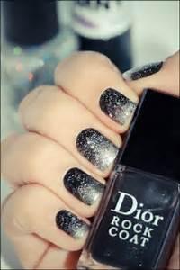 Black glitter gradient nail art nailart image