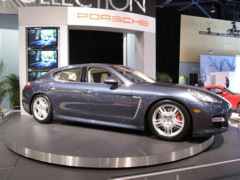 The Porsche Panamera Makes Its North American Auto Show