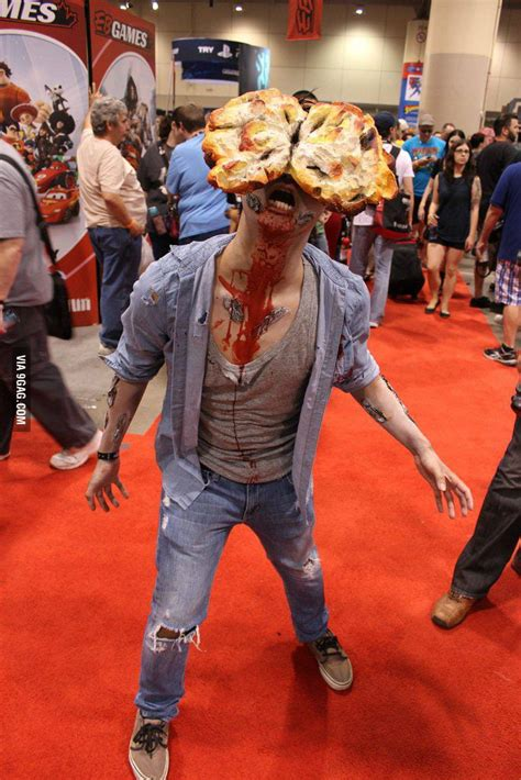 The Last Of Us Clicker Cosplay 9gag