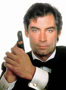Why James Bond fans in Mumbai love watching 007 on screen ...