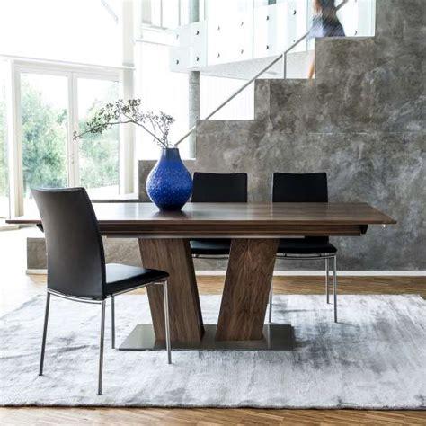 table en bois moderne extensible avec pied central sm39 4 pieds