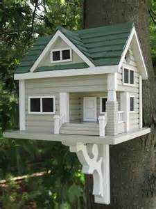 Decorative Small Green Homes by Best 25 Roof Colors Ideas On Craftsman
