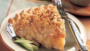 Cinnamon Crumble Apple Pie Recipe | Bon Appetit