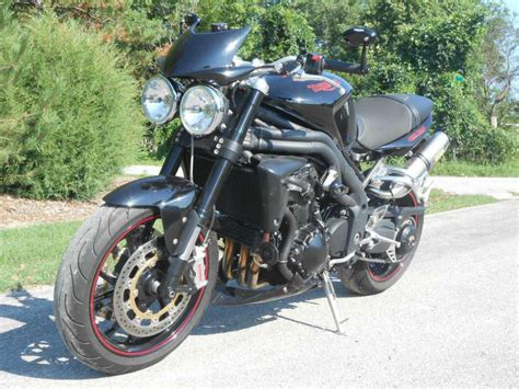 Triumph Speed Image by Buy 2010 Triumph Speed Standard On 2040motos