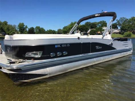 Tahoe Pontoon Boats Michigan by Tahoe Boats For Sale In Michigan