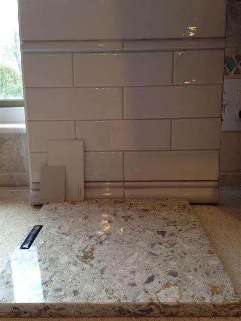 kitchen cabinets with countertops cambria windermere quartz countertops subway tile 9534