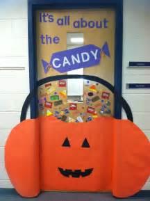 halloween door decoration school holidays pinterest