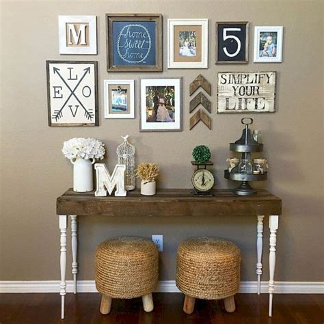 Creating a boho chic living room means creating an absolutely different and your personalized atmosphere. Modern bohemian living room decor ideas (39) | Bohemian ...