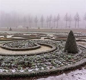 Immergrüne Winterharte Kübelpflanzen : den garten im winter geniessen ~ Markanthonyermac.com Haus und Dekorationen