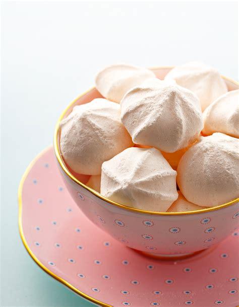 cuisine meringue meringue rapide pour 4 personnes recettes à table