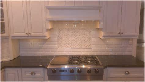 Tumbled Backsplash : Tumbled Travertine Subway Tile Backsplash Tiles