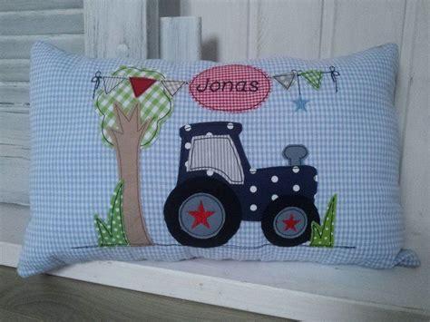 Kissen Kinderzimmer Junge by Kissen Kuschelkissen Quot Traktor Quot Ein Designerst 252 Ck