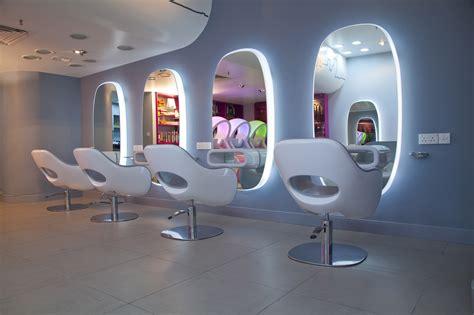 Unisex Hair Salons - Hot Teen Celebrity
