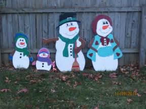 christmas outdoor snowman family wood yard art by chartinisyardart