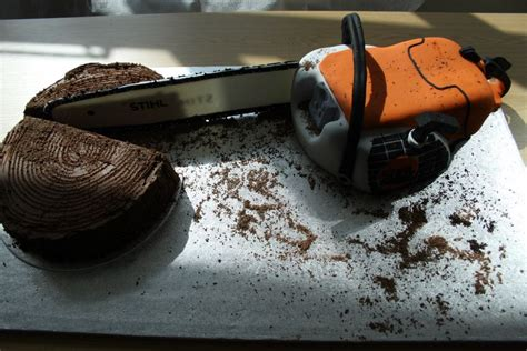 jennifer oneill cakes  chainsaw cake