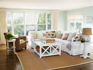 19 ideas for relaxing beach home decor hgtv for Home design furniture palm coast florida