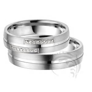his wedding rings his and hers wedding ring sets a trusted wedding source by dyal net