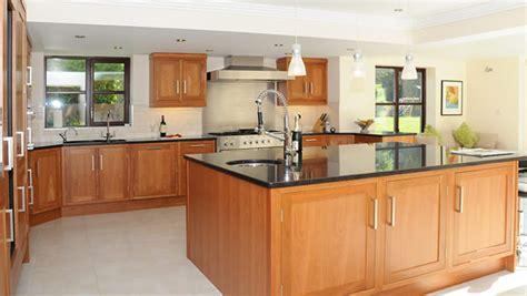 table de cuisine avec plan de travail ilot de de cuisine 30 idées étonnantes pour les petites et grandes cuisines modernes