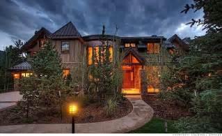 Million Dollar Log Homes
