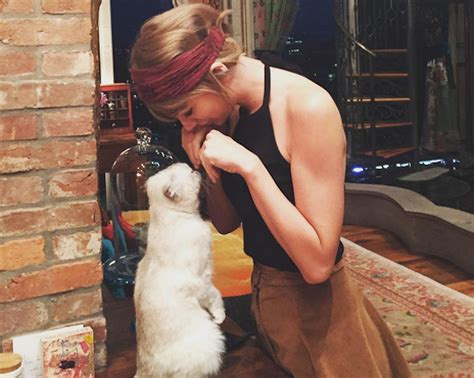 21 times Taylor Swift totally nailed being a crazy cat ...