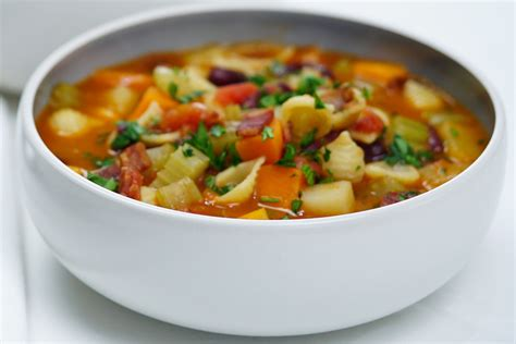 minestrone soup italian minestrone soup