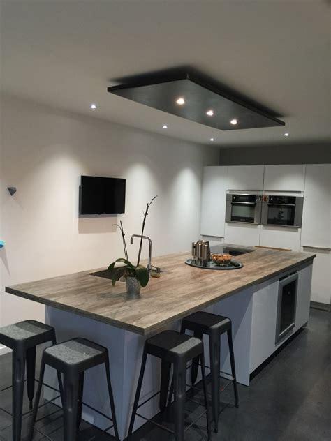 cuisines proven軋les photos lustre pour cuisine eclairage design salon marchesurmesyeux