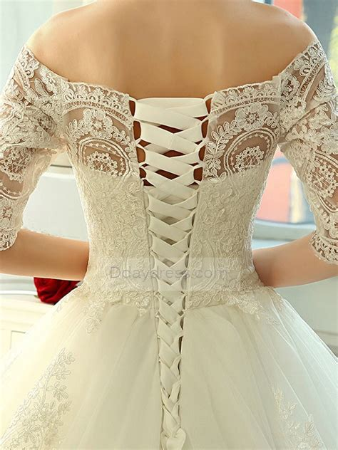 save  luxurious lace   shoulder  sleeves lace