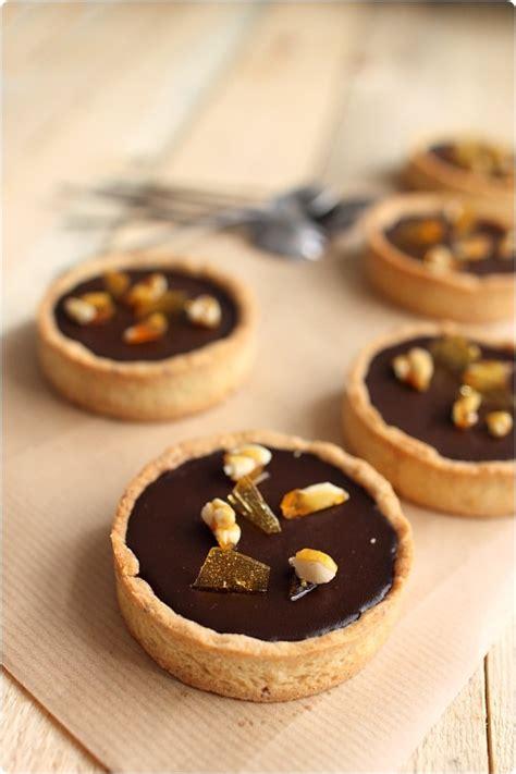 tarte quot noisette quot au chocolat fondant cr 232 me caramel et pignons caram 233 lis 233 s chefnini